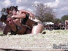 Lucha de chicas col